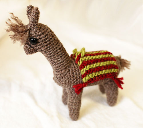 Chef messy lil alpaca i really dont know how to crochet but since ami patterns only involve single crochet and have lots of room for error i figured i could handle this one dt1010fo